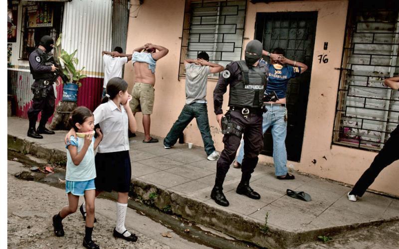 Anti-Pandilla police